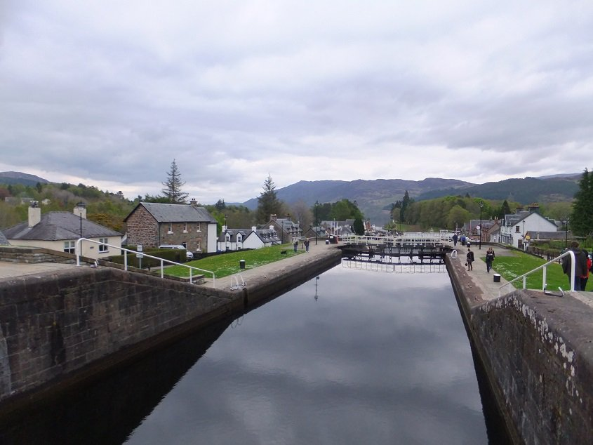 Esclusas Caledonian Canal Fort Augustus Small