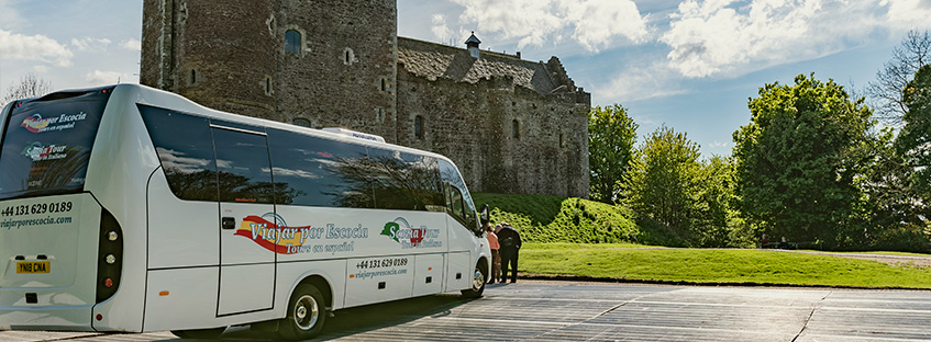 rental cars or tours in a coach