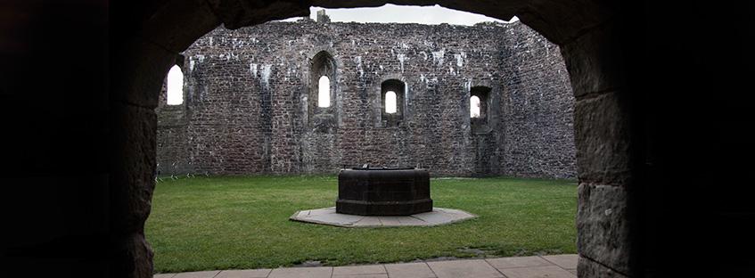 Inner courtyard of Doune Castle